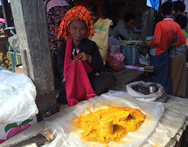 eatdrinklaos-inle-markets-saffron