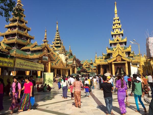 eatdrinklaos-myanmar-shweddagon1