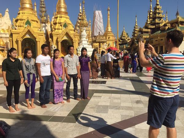eatdrinklaos-myanmar-shweddagon10