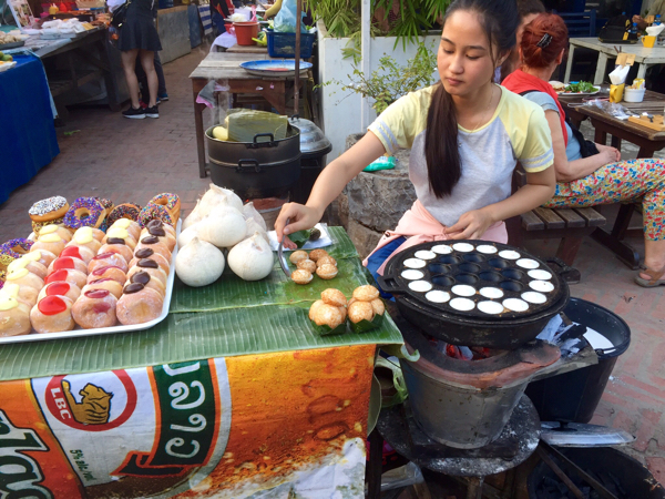 eatdrinklaos-luang-prabang-night-markets-food