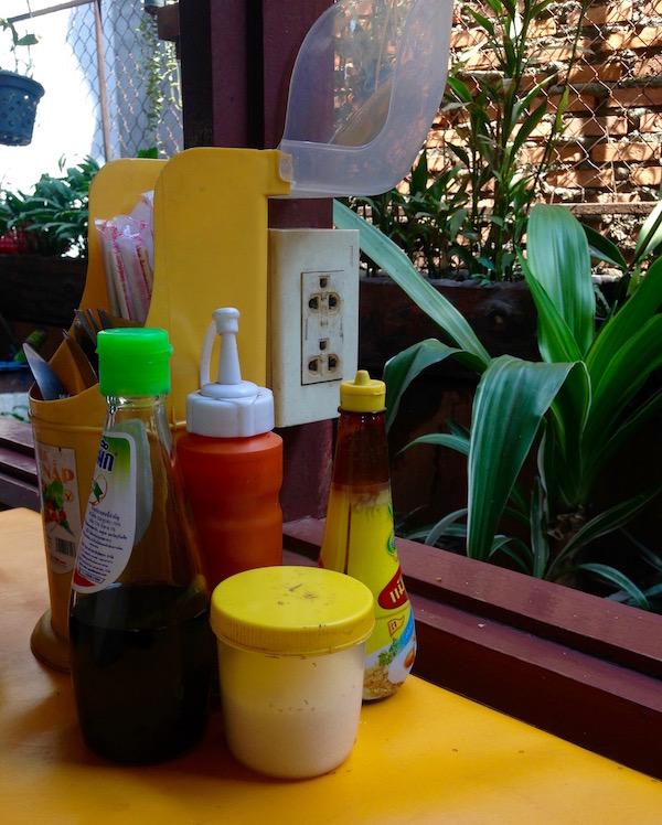 eatdrinklaos-springroll-corner7