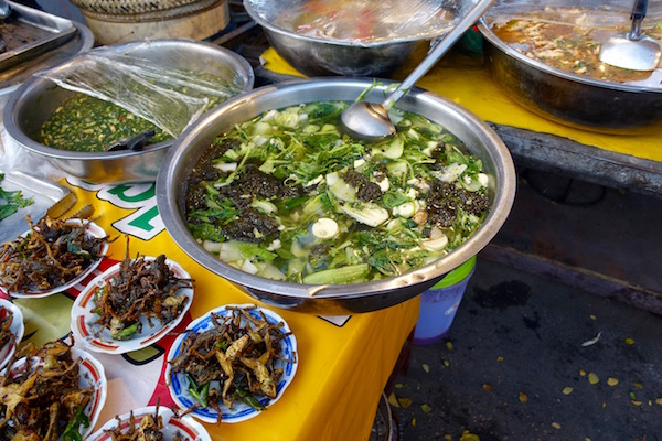 eatdrinklaos-ban-anou-market-stews