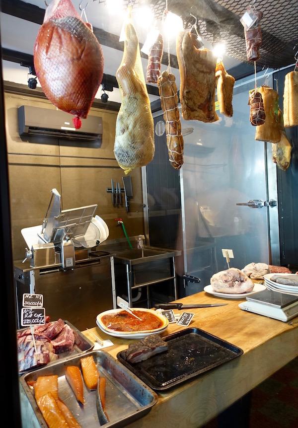 eatdrinklaos-vientiane-la-tienda-hanging-meats