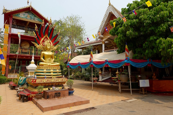 By the first day of Lao Pi Mai temples are clean, shining and colourfully decorated