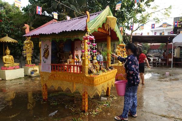 eatdrinklaos-vientiane-pi-mai-temples3