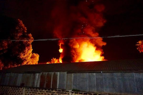 eatdrinklaos-vientiane-fire-embers