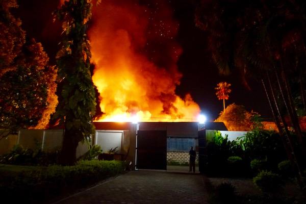 eatdrinklaos-vientiane-fire-flames