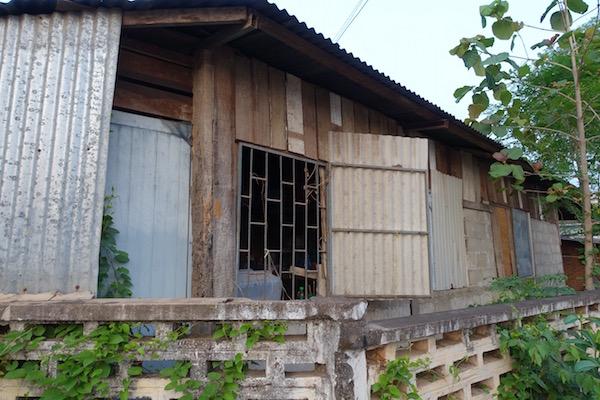 eatdrinklaos-vientiane-fire-house