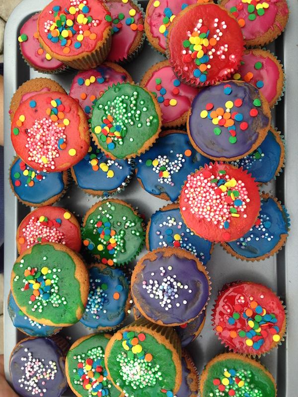 eatdrinklaos-vientiane-fire-cupcakes