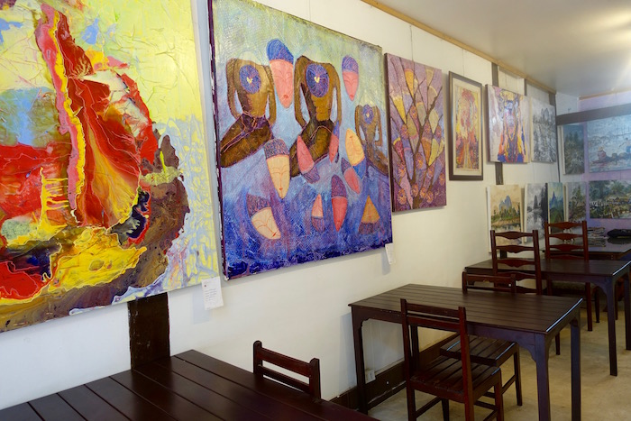 eatdrinklaos-vientiane-cubic-gallery-paintings1