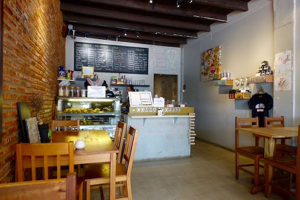 eatdrinklaos-vientiane-comma-coffee-inside