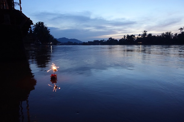 Nothing beats a Mekong sunset in the 4,000 Islands of southern Laos | Eat Drink Laos http://eatdrinklaos.com/blog/southern-laos-4000-islands