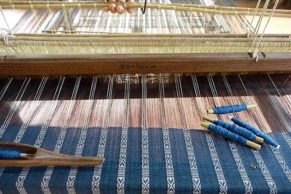 eatdrinklaos-vientiane-lao-textile-museum-loom2