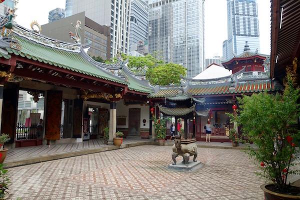 eatdrinklaos-singapore-best-family-fun-temple-oasis