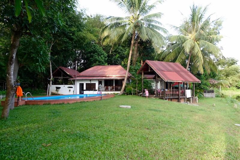 eatdrinklaos-vientiane-lao-lake-house-pool