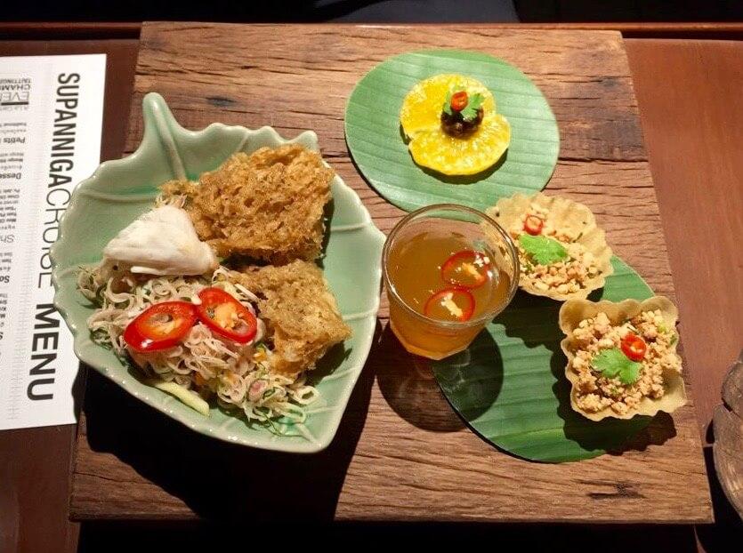 eatdrinklaos-bangkok-supanniga-cruise-food.jpg