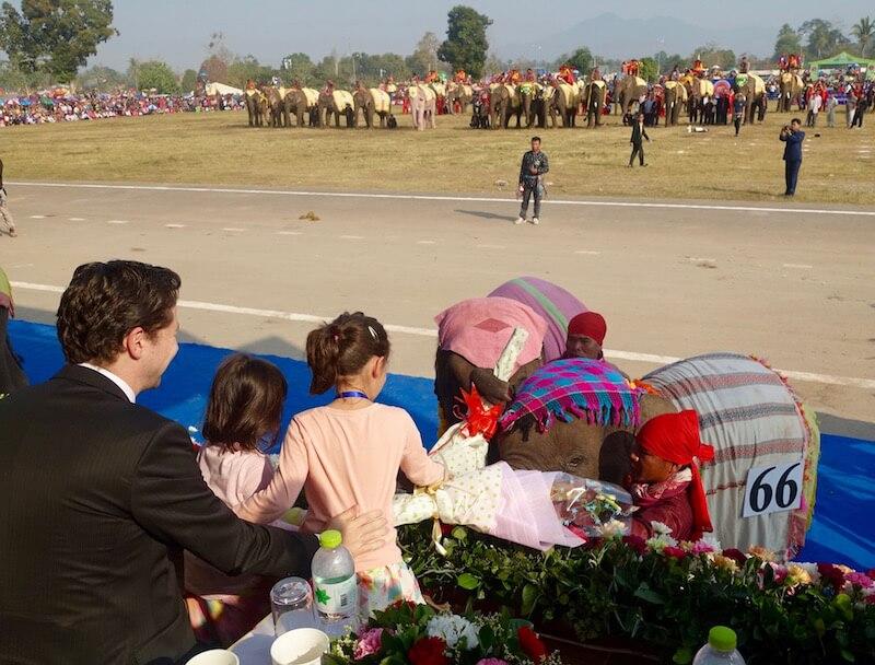 eatdrinklaos-xaignabouri-elephant-festival-elephant bouquets2