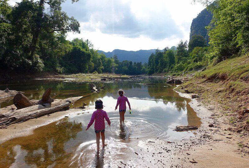 eatdrinklaos-travel-konglor-caves-swimming