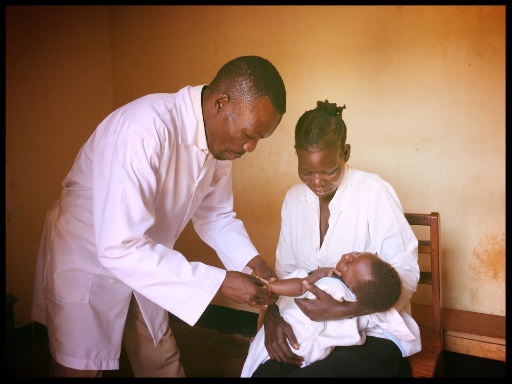 Prenatal Care Program - A woman's chances of dying from a pregnancy related complication or during childbirth in Uganda are 1 in 49 (compared to 1 in 2,400 in the U.S.).· As of February 2018, Asteroidea is covering 50% of the antenatal care that NUMEM provides to pregnant women. Remarkably, NUMEM provides this care at no cost to women.· Asteroidea covers the costs of Maama Kits for every pregnant woman. Such a kit is often required of the patient to bring to the delivery facility and includes 2 pairs of medical gloves, 2 new razor blades (to cut the umbilical cord), 1 bar of soap, 2 gauze pads for cleaning the eyes of the newborn, 8 sanitary towels, 9 oz. of cotton wool, 1 polyethylene sheet on which the mother gives birth, and 1 suction bulb to clean the baby's airway.
