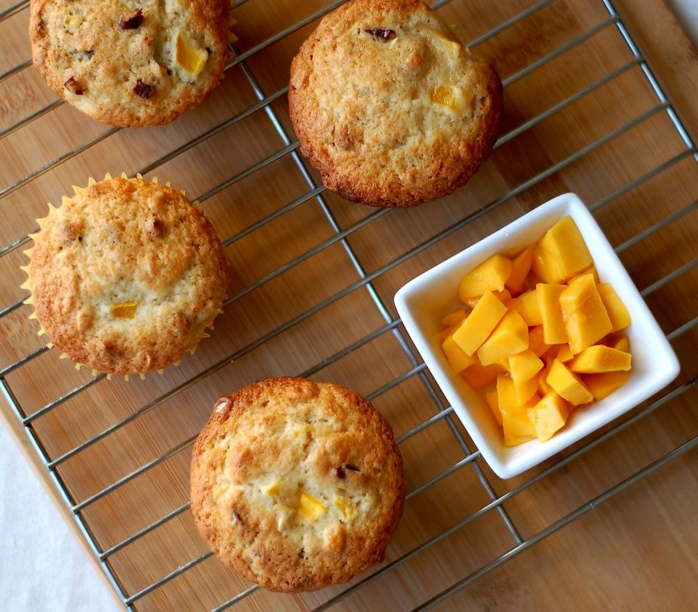 Mango Oatmeal Muffins