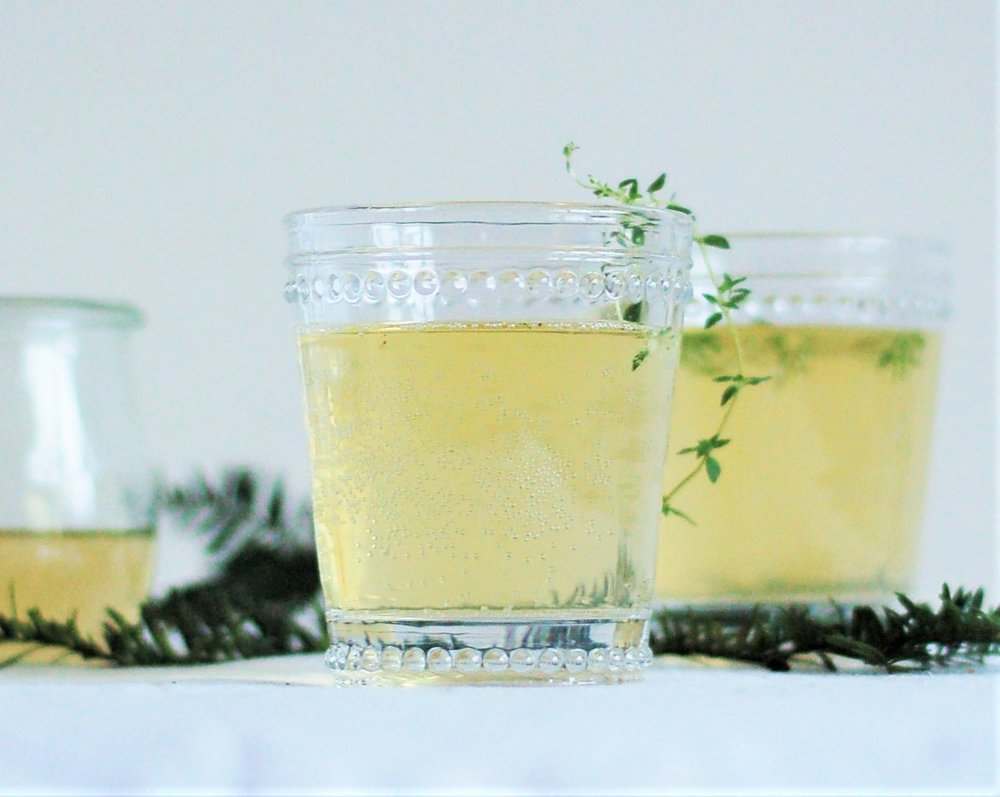 Thyme Prosecco Cocktail