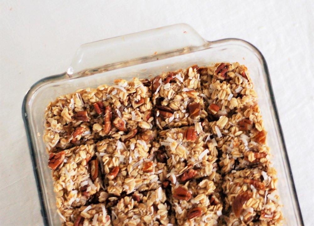 Date Pecan Oatmeal Bake