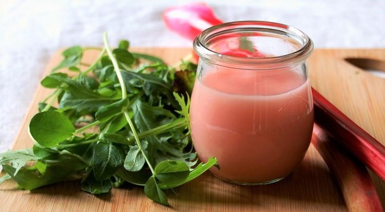 Rhubarb Dressing
