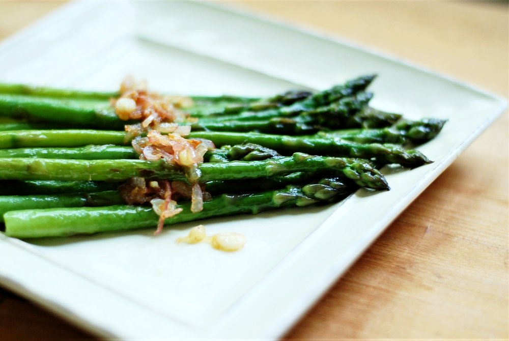 Braised Asparagus with Shallots