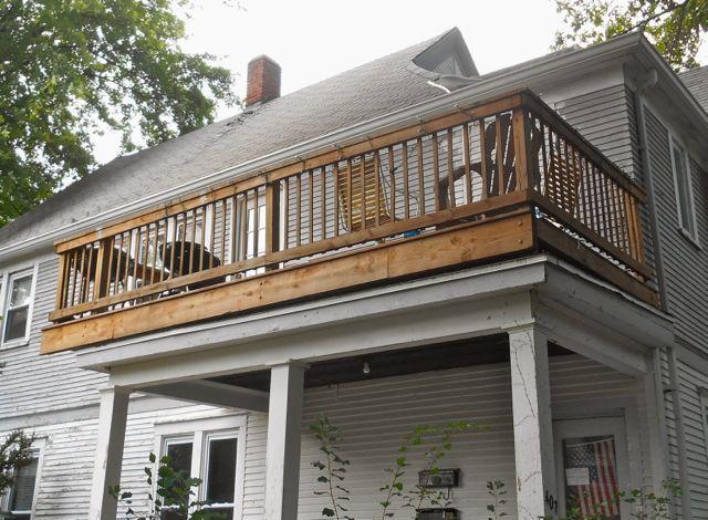 407-porch.jpg