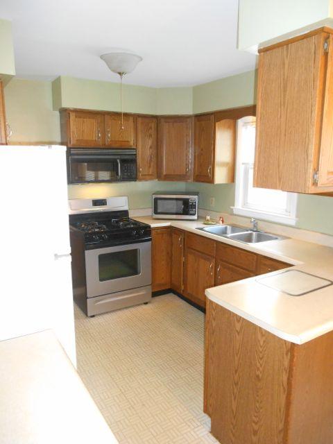1625 Calender kitchen.jpg