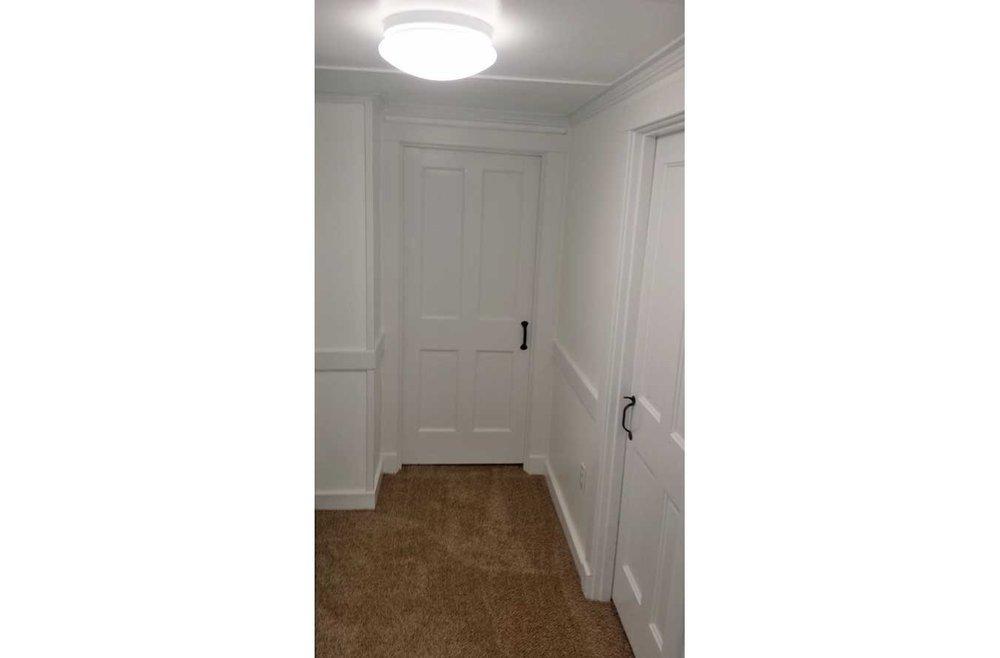 1504-Callendar-hallway-web.jpg