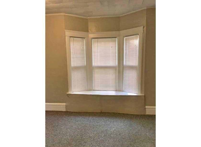 406-big-bedroom-new-web.jpg