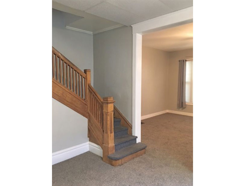 408-Glenwood-Peoria-stairs-wide.jpg