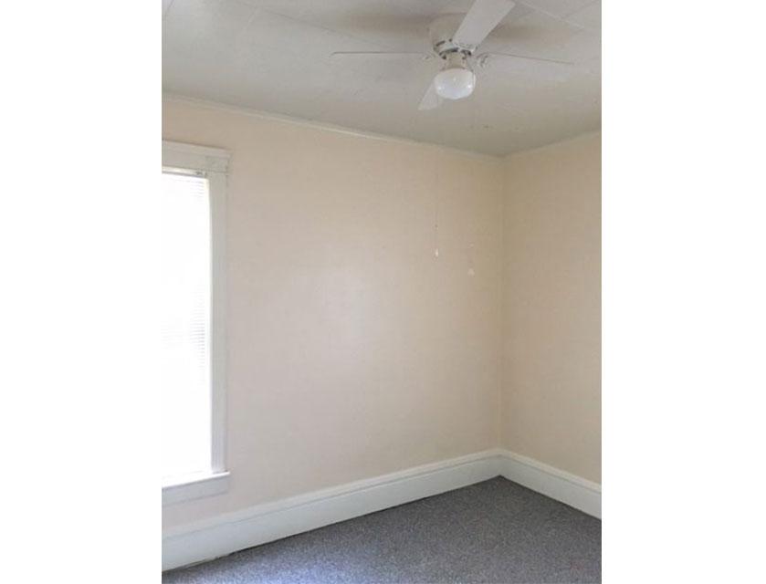 408-Glenwood-Bedroom-wide.jpg