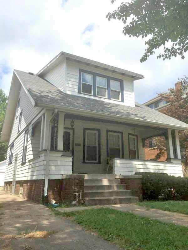 1711 Barker 2-3 Bedroom House