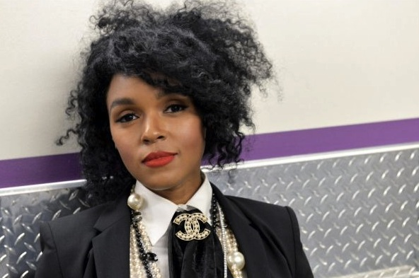 110615-centric-shows-sta-candids-backstage-Janelle-Monae.jpg
