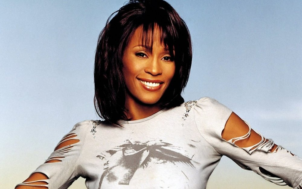whitney-houston-homage-wallpapers_32447_1440x900.jpg