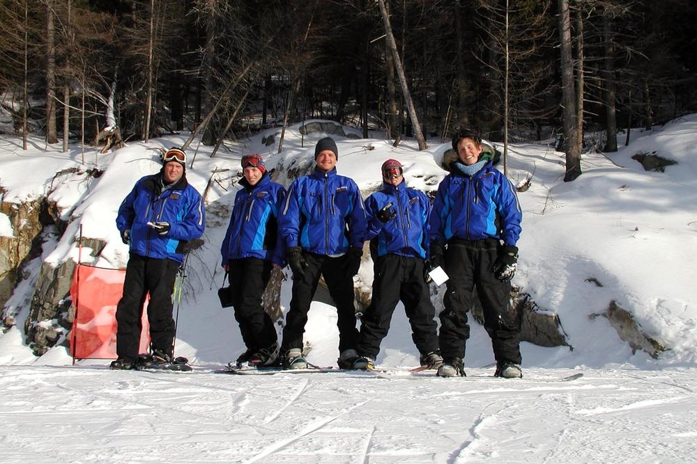 Ski instructors 2001-02