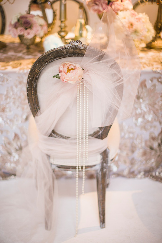 weddingchairdecor-550x825.jpg