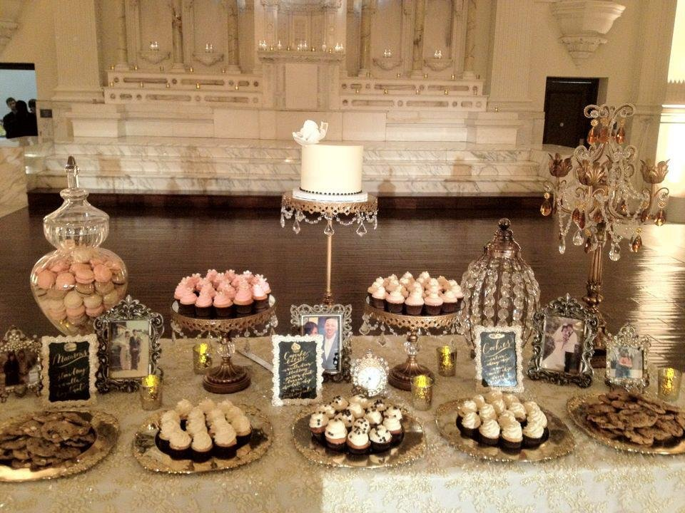 VINTAGE GLAMOUR DESSERT TABLE.jpg