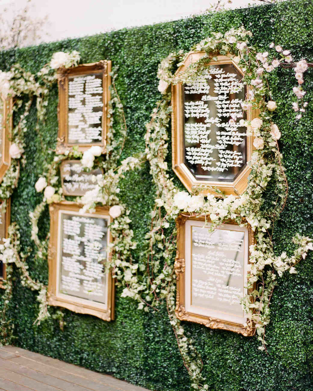 shannon-jon-wedding-seatingchart-0635-6238579-0117_vert.jpg
