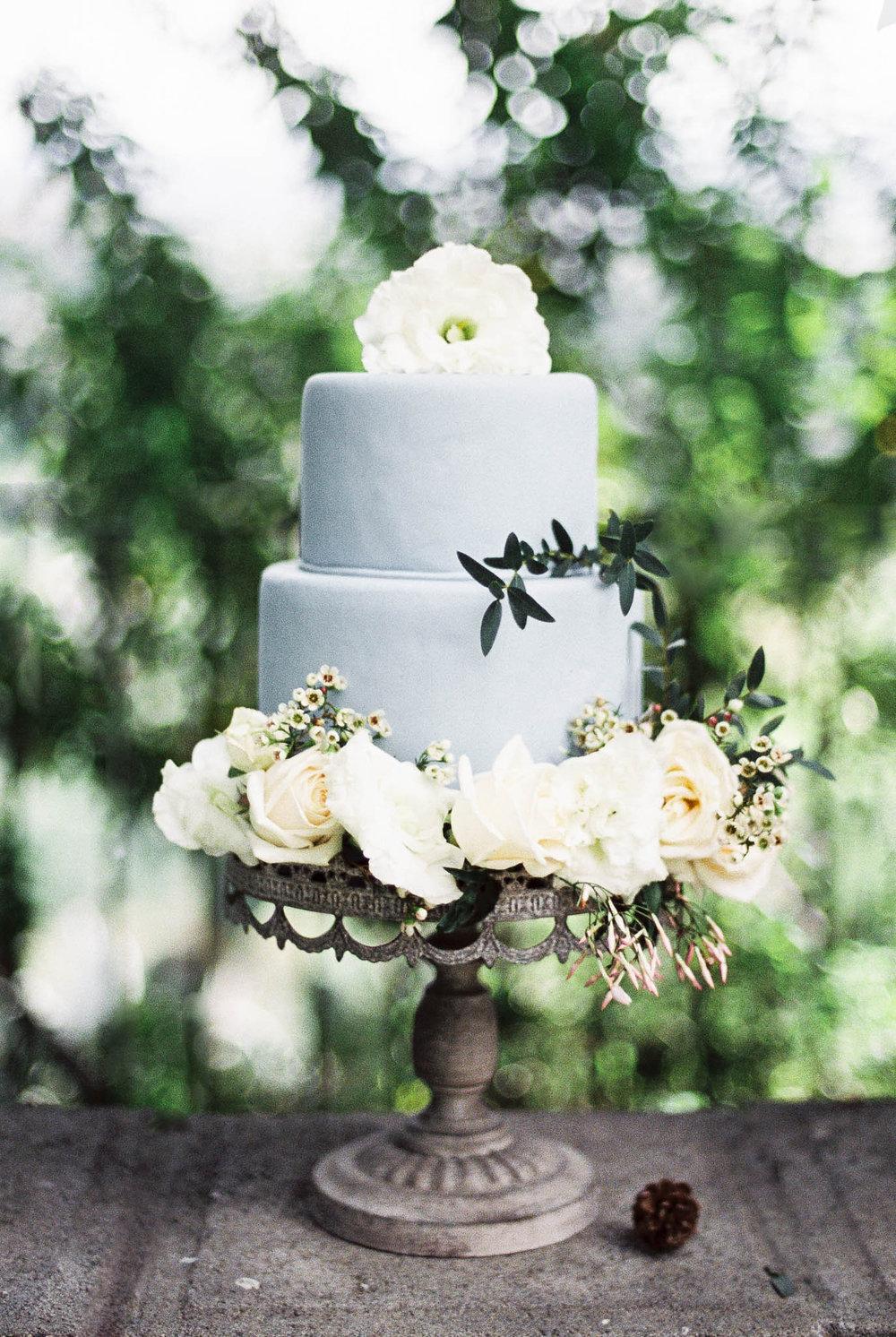 old-world-castle-wedding-inspiration-bridal-lara-lam-121.jpg