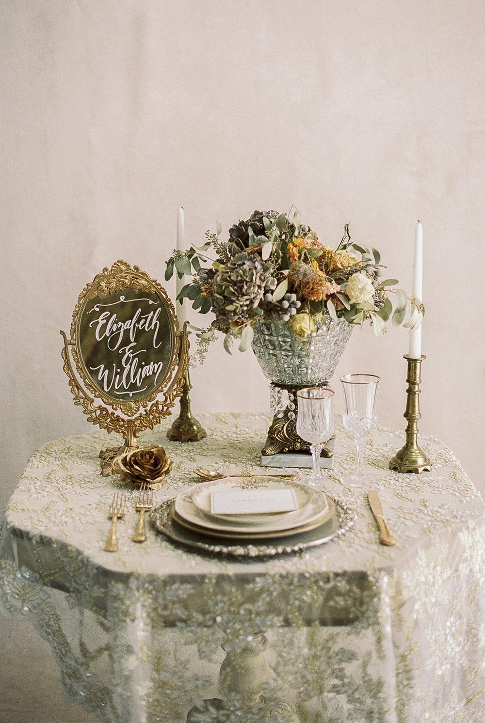 Lara_Lam_Vintage_Heirloom_wedding_photographer_Etablir_shop_vintage_rental16.jpg