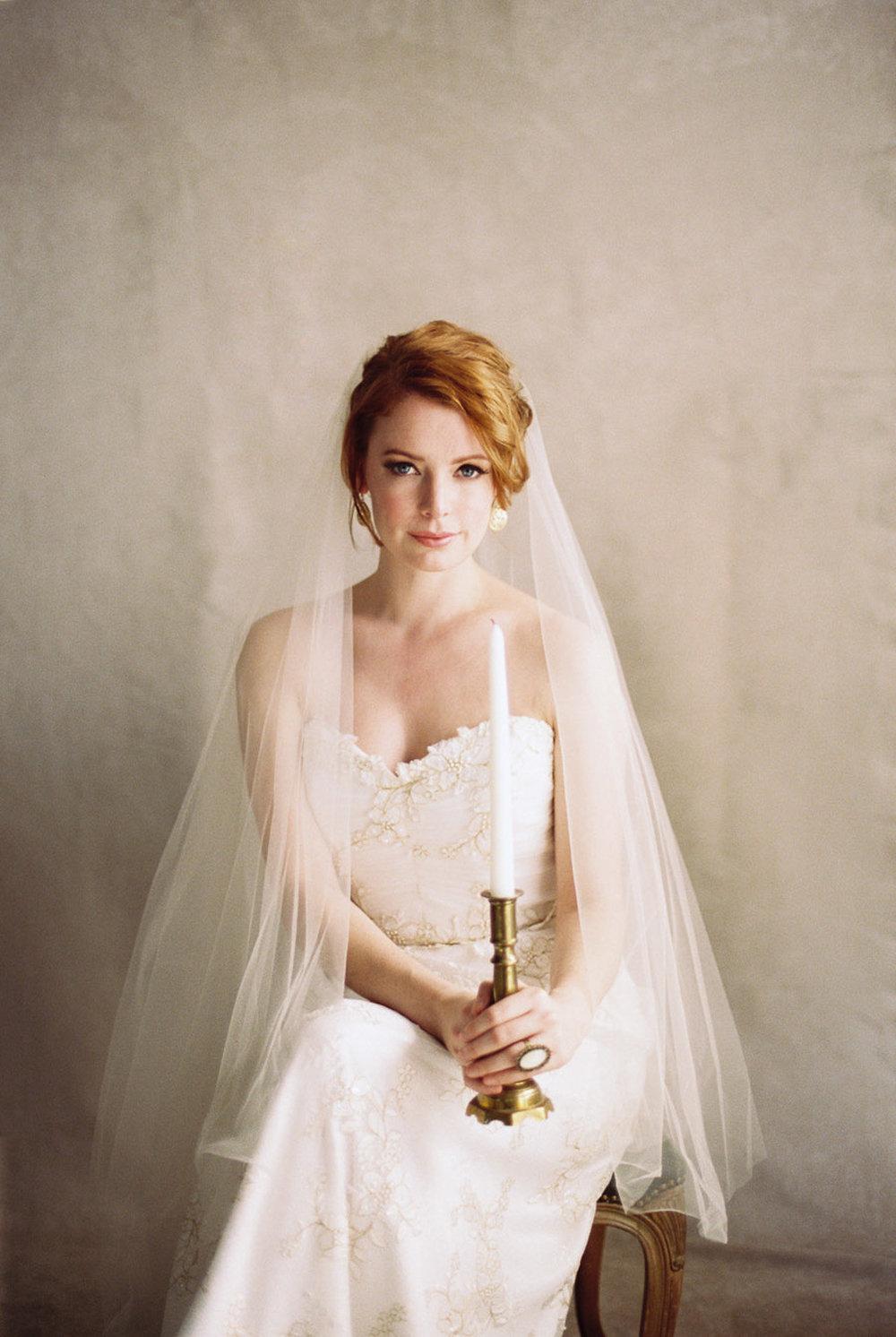 Lara_Lam_Vintage_Heirloom_wedding_photographer_Etablir_shop_vintage_rental66.jpg