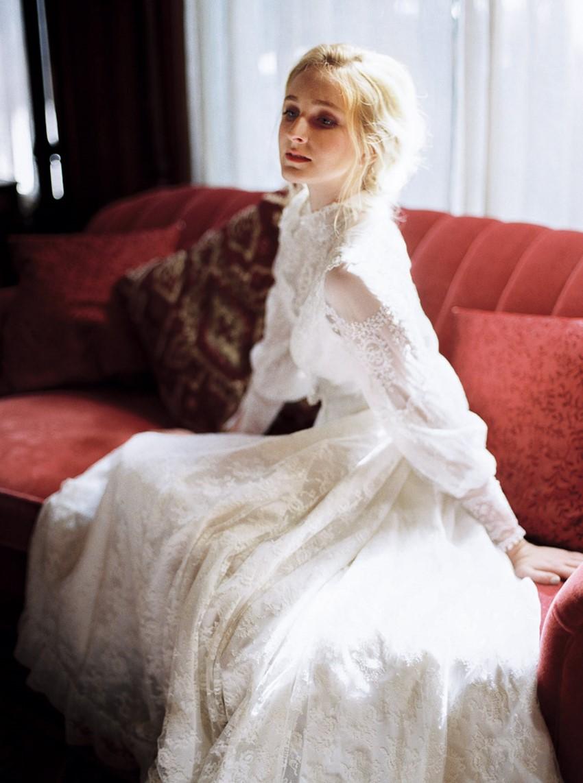 13-castle-green-pasadena-vintage-bridal-editorial-lara-lam-63.jpg