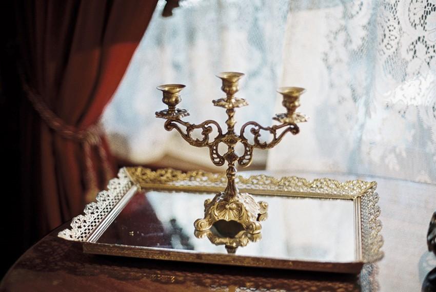 14-castle-green-pasadena-vintage-bridal-editorial-lara-lam-31.jpg