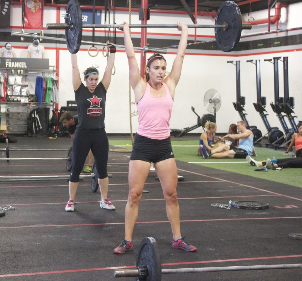 Shelly and Leigh cruise through thrusters during the Throwdown