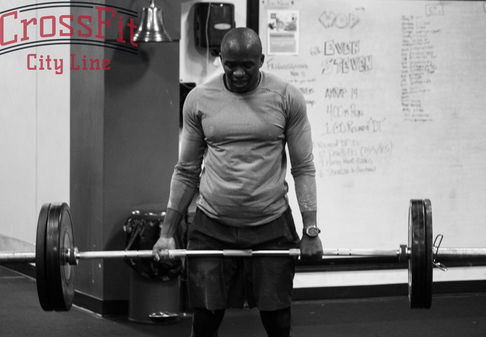 "Duane keeps a mixed grip while powering through DT deadlifts during ""Even Steven"""