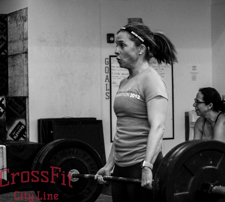 Kelly working through some heavy deadlifts
