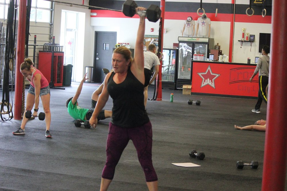 Julie crushing 40# DB snatches(even though she only thought she could do 35#)
